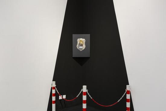 DONOT TE品牌首秀:别想城市骑士首饰艺术展 与中世纪骑士的幽默