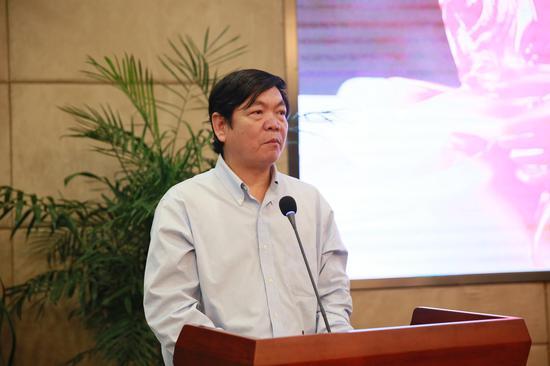 福州大學非物質文化遺產研究中心主任、教授 潘尤龍