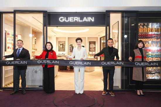 法国娇兰携品牌挚友杨澜隆重揭幕北京首家精品店