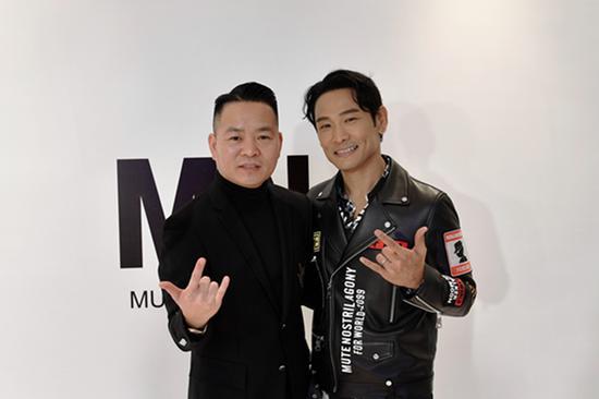 左:竑立国际董事长刘吉利 右:MNA主理人杜德伟