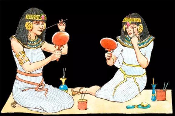 埃及的贵妇执长柄涂彩妆