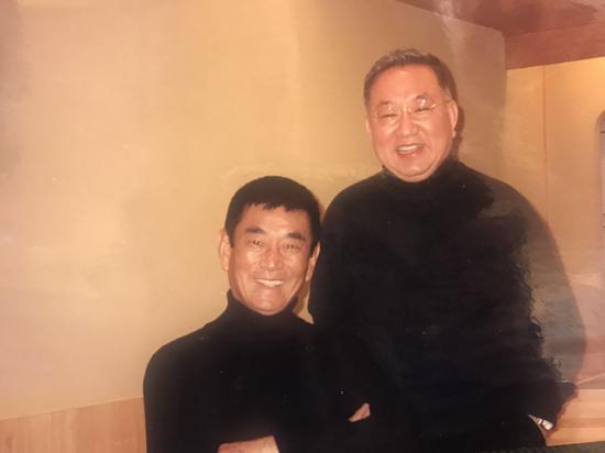 寿司大师与高仓健(陈晓卿供图)