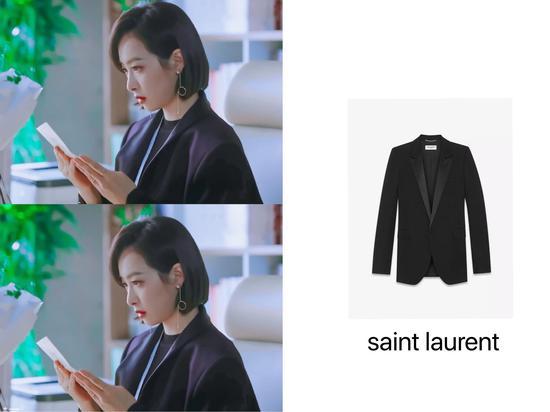宋茜的黑色西装