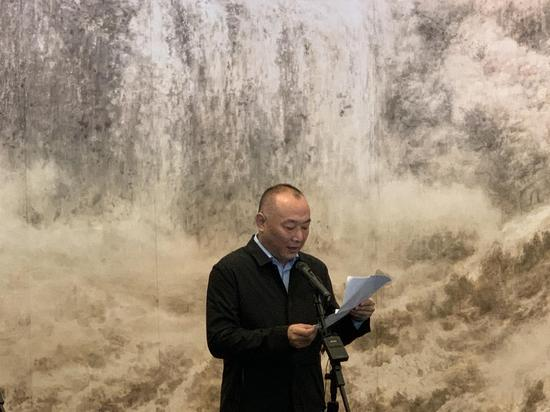 辽宁省文联党组成员副主席 胡崇炜