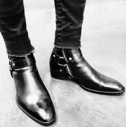 黑色系切尔西靴