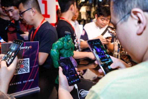 Superdry x OnePlus快闪店狂欢日上海三校生高考落榜