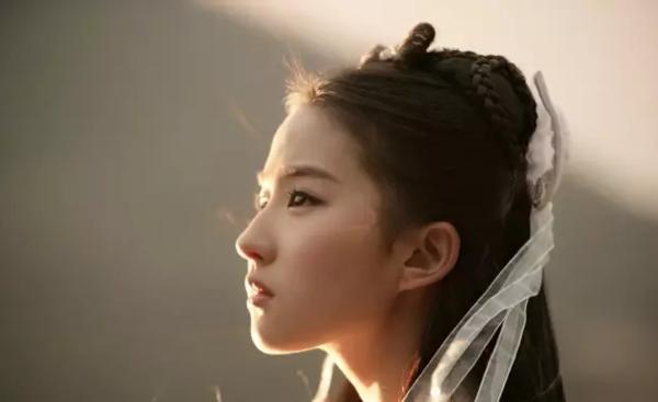 《神雕侠侣》主演刘亦菲
