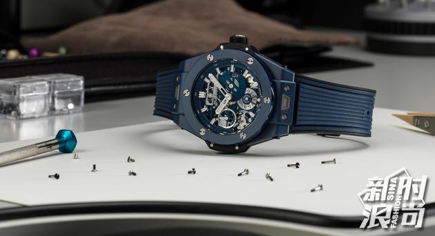 HUBLOT宇舶表BIG BANG MECA-10蓝色陶瓷腕表