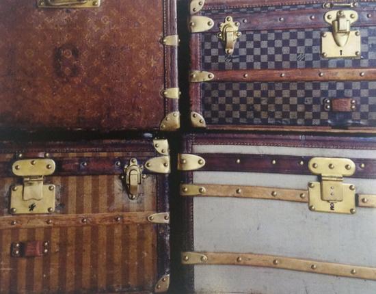 LV1854年、1872年、1888年和1896年经典行李箱