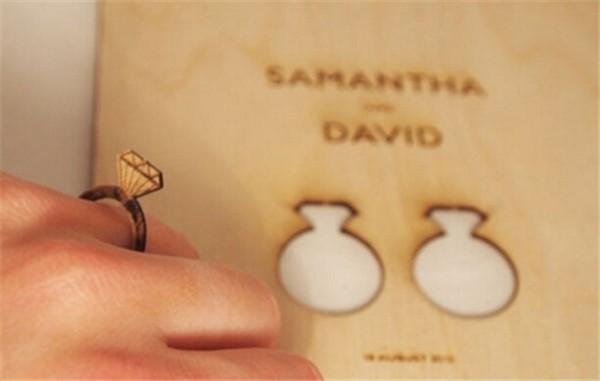 戒指凹陷请柬