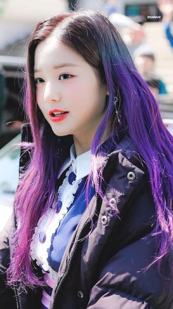 亮紫色头发