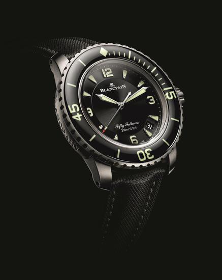 宝珀Blancpain五十噚系列全新钛合金腕表