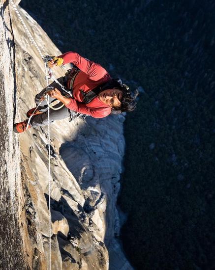 ▲ 导演 Jimmy Chin 是一位职业运动员、登山家、冒险家