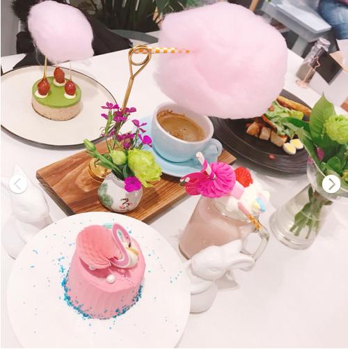 火烈鸟主题店明厨房甜点