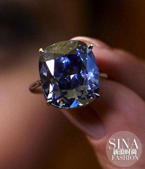 """""""约瑟芬的蓝月亮""""刷新钻石拍卖价格记录"""