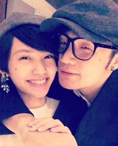 """楊丞琳承認李榮浩戀情 嫁給什麼男人才是""""對的"""""""