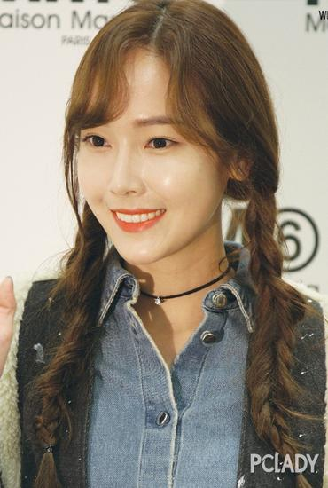 难以抗拒刘海发型 女星带你变身韩系软萌少女