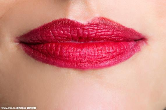 红唇的正确涂抹方法|唇膏|200块唇膏|红唇_新浪时尚