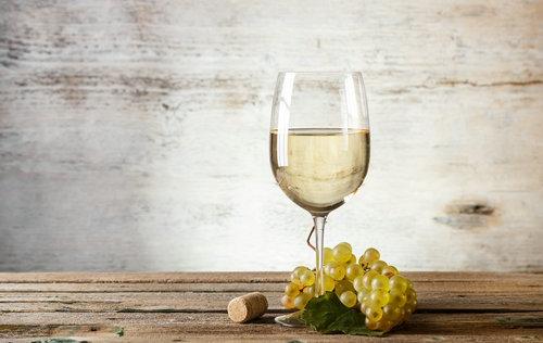 白葡萄酒:点缀圣诞的清雅之选