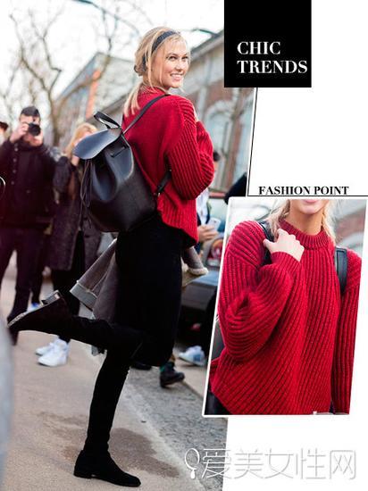 红色毛衣+黑色短裙+黑色长靴