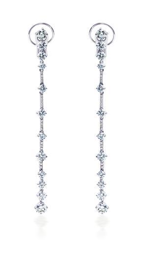 DE BEERS Arpeggia系列单层钻石垂坠耳环