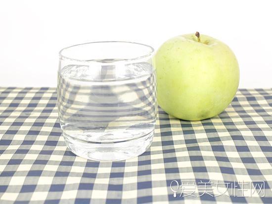 早晨一杯温开水