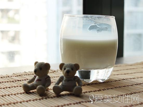蜂蜜牛奶薰衣草茶安眠