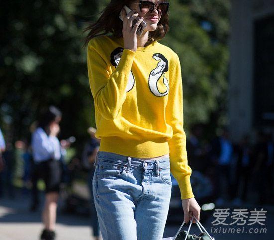 黃色毛衣街拍
