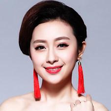 根据脸型挑选新娘耳环的技巧