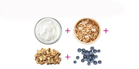 蓝莓燕麦坚果酸奶