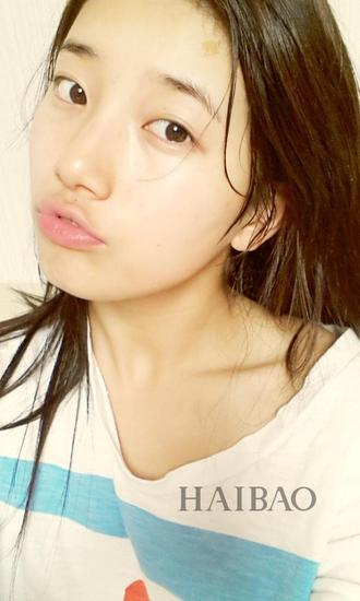裴秀智 (Bae Suzy)