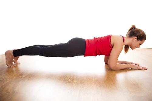 训练核心肌群