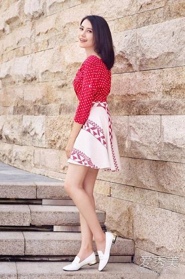 高圆圆短裙造型