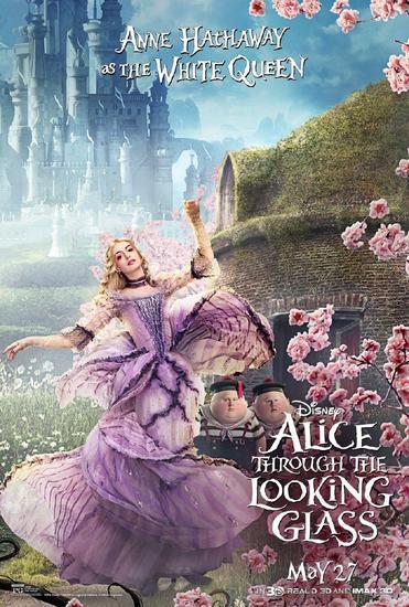 """安妮海瑟薇在《爱丽丝梦游仙境2》的全新""""白皇后""""造型"""