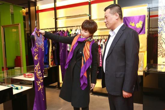 【淘宝贝】金嗓子茅善玉与上海旗袍标杆品牌蔓楼兰再续不了情