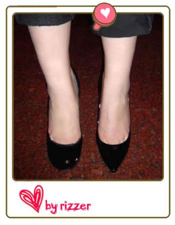 深扒尖头高跟鞋 踢爆腿长1米8的秘密