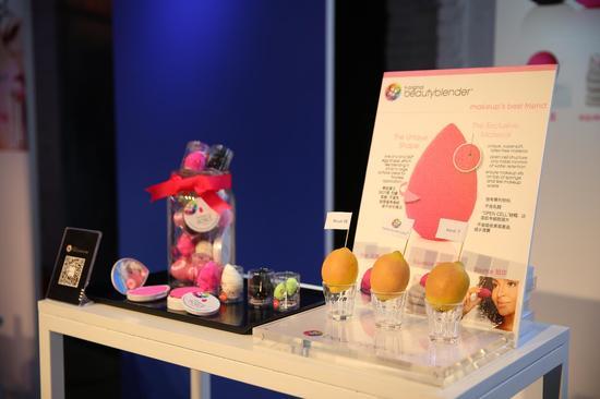 全新独家品牌beautyblender美妆蛋-玩转未来世界 SEPHORA丝芙兰图片