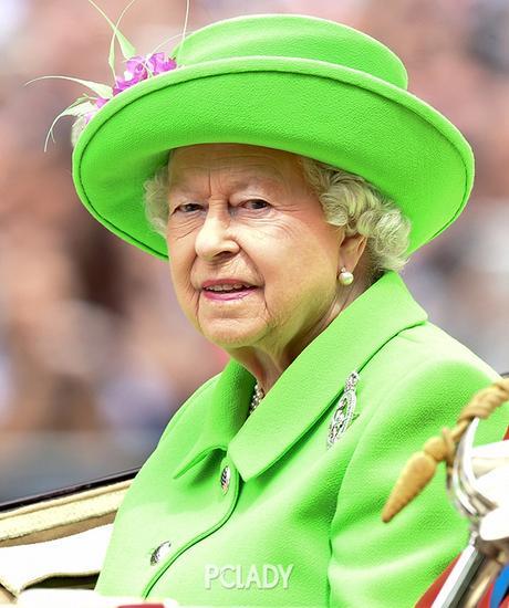 英女王造型解读