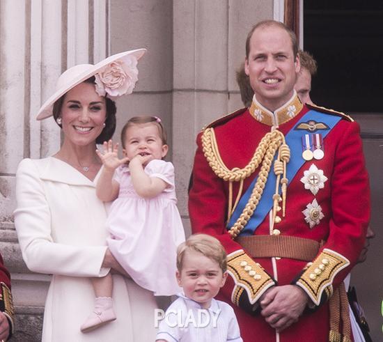 乔治小王子和小公主成焦点