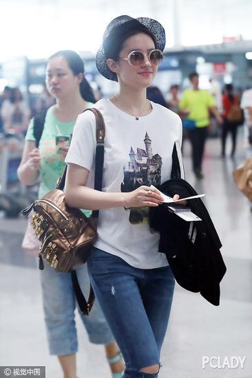 刘亦菲机场街拍