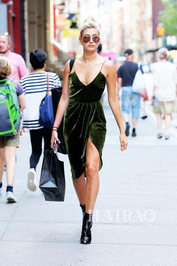 dwin) 在纽约外出-维密天使近期时髦街拍图片