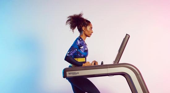 我教你怎么用跑步机练成翘臀女神,以后健身都靠它了