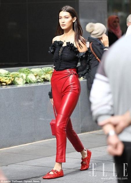 Bella私下也爱穿红色2