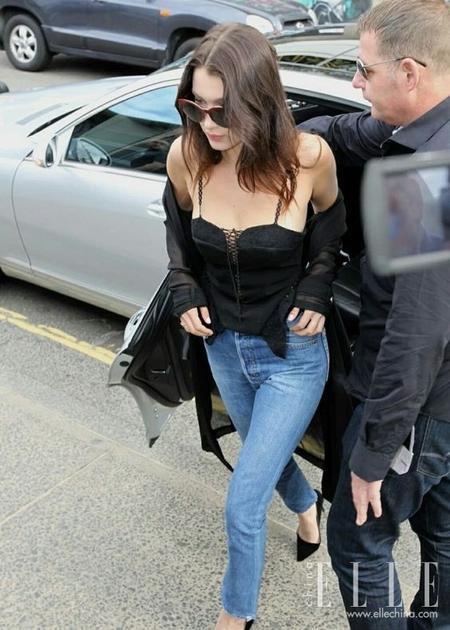 黑色吊带衫2
