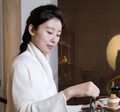 Vol.4 海霞教你盖碗泡茶技巧