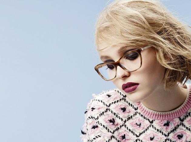 Lily-Rose DeppChanel眼镜系列广告大片