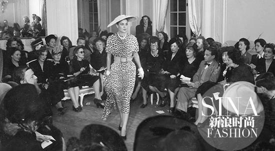 1947年Dior大秀的现场
