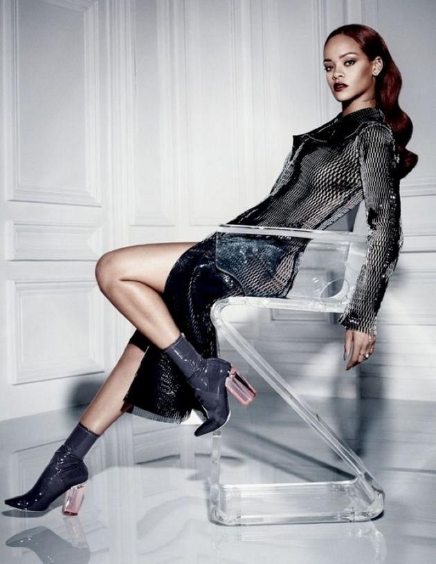 蕾哈娜的Dior大片