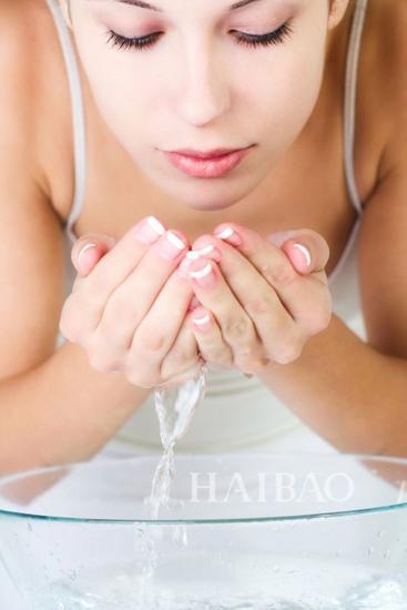 油性肌的正确清洁方式