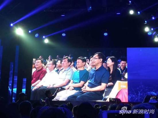 荣威RX5的发布会上,各大行业的大佬都出席了
